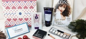 GLOSSYBOX - Cold days, warm hearts Edition